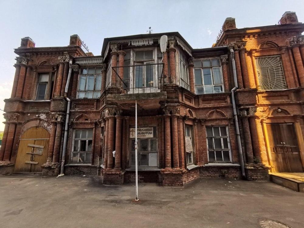 V Krasnodare v dome kupca Lihackogo hotyat sdelat' restoran