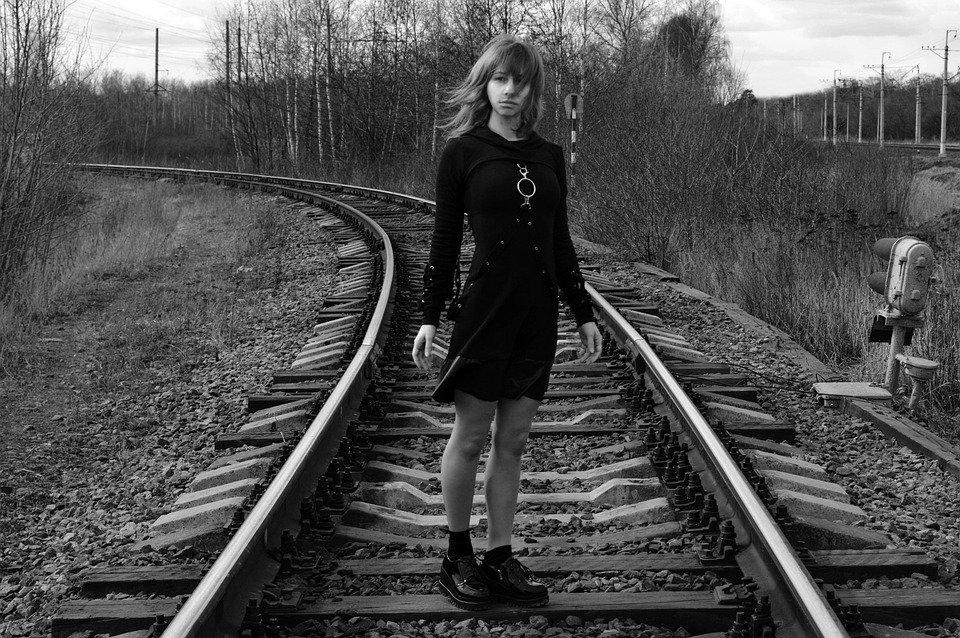 """""""Vy vy menya ponimaete"""": pochemu podrostki reshayutsya na samoubijstvo"""