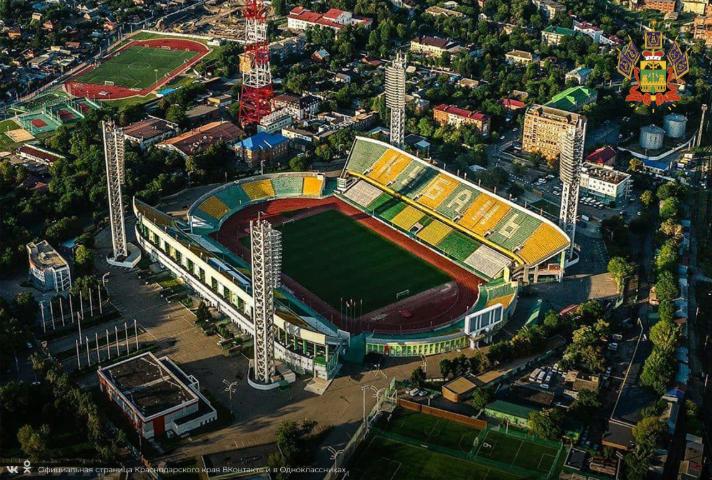 v_krasnodare_oceplen_centralnyj_vhod_stadiona_kuban