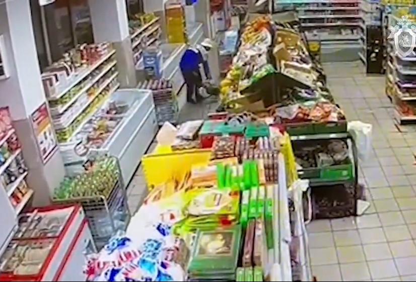 sk_nazval_prioritetnuyu_versiyu_prichiny_smerti_moskvichki_i_ee_vnuchki