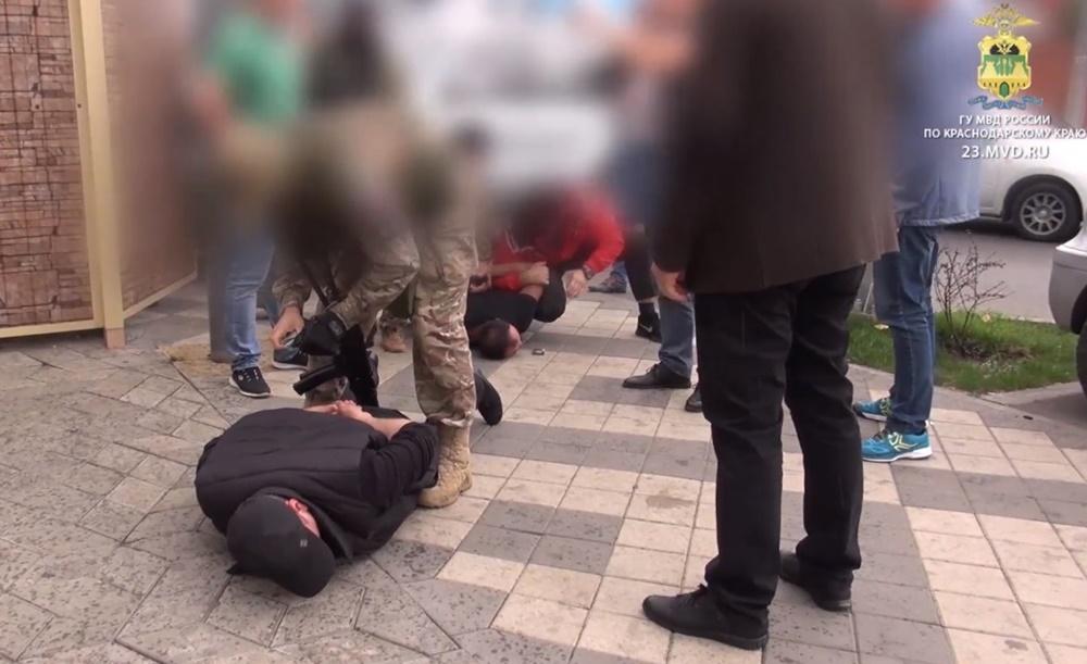 Банда вымогателей задержана в Краснодаре