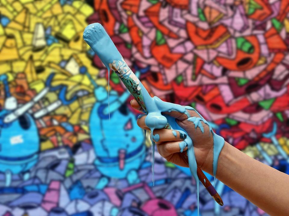Мэр Первышов пообещал, что на здании администрации появится граффити