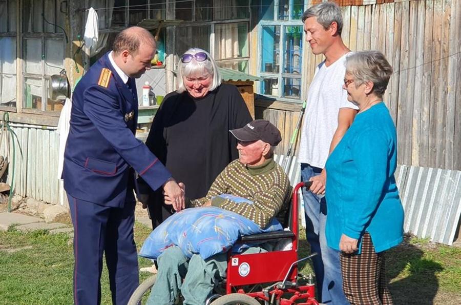 Следственный комитет помог кубанскому ветерану получить новый дом