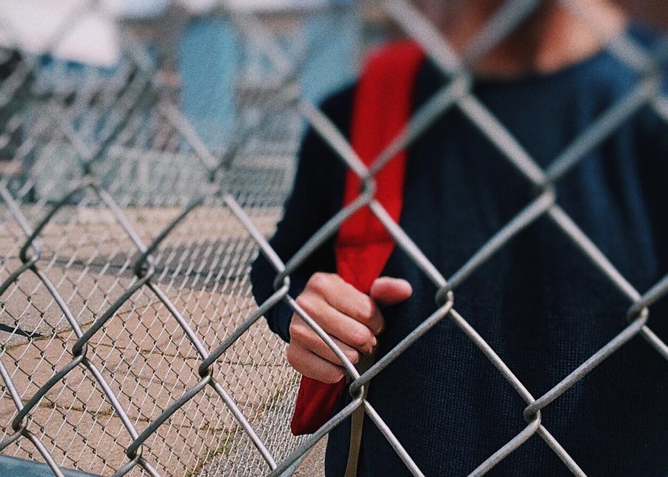 В Краснодаре мошенники вымогали 600 тысяч у матери подростка якобы за продажу наркотиков