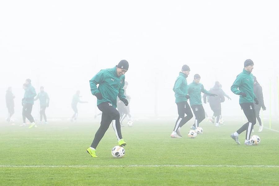 «Быки» не смогли улететь из Краснодара на матч в Мадрид из-за тумана
