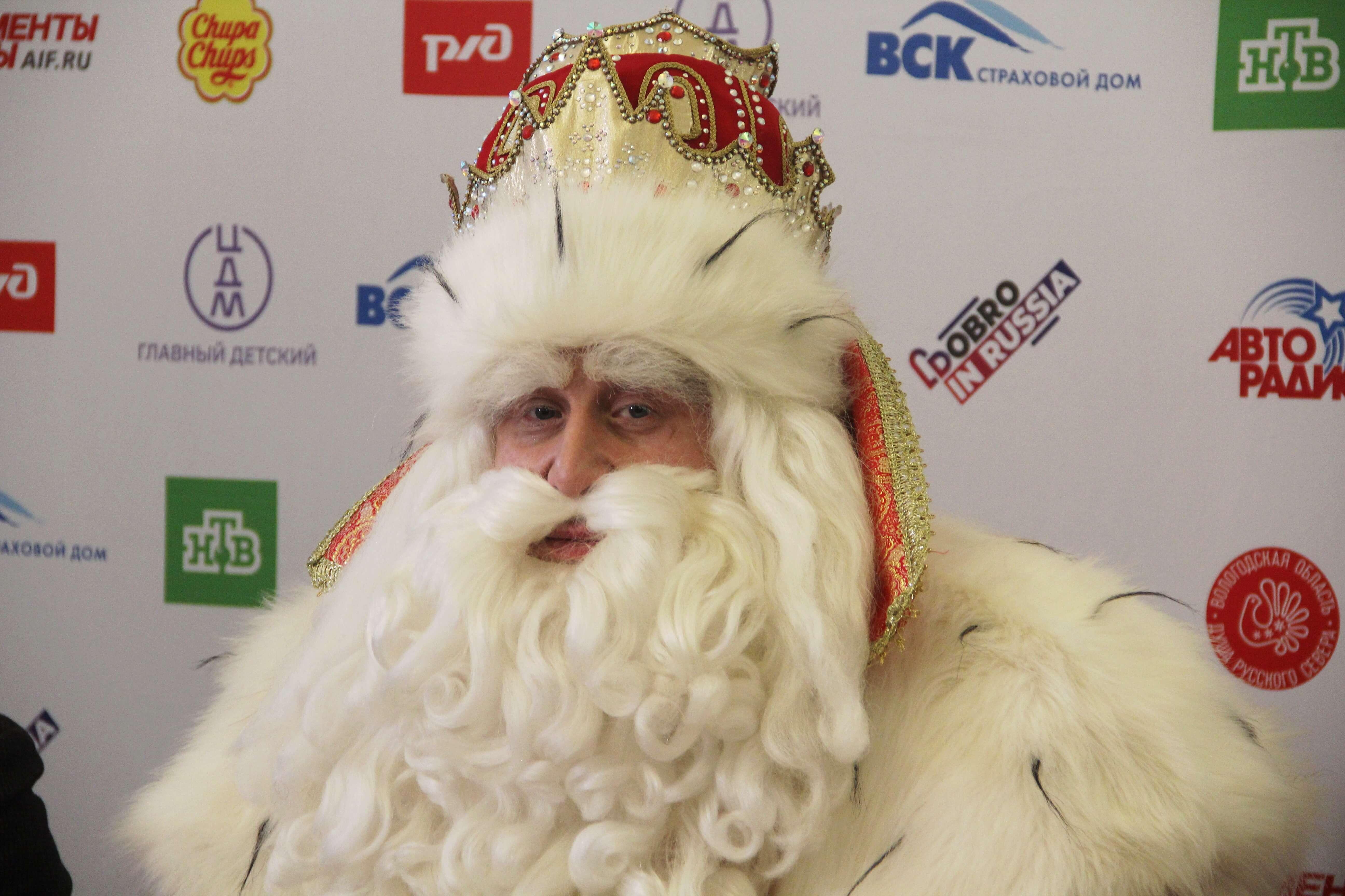 Путешествующий по России Дед Мороз застрял в краснодарской пробке