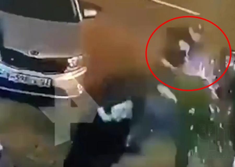 Опубликовано видео расстрела охранника ночного клуба в Краснодаре