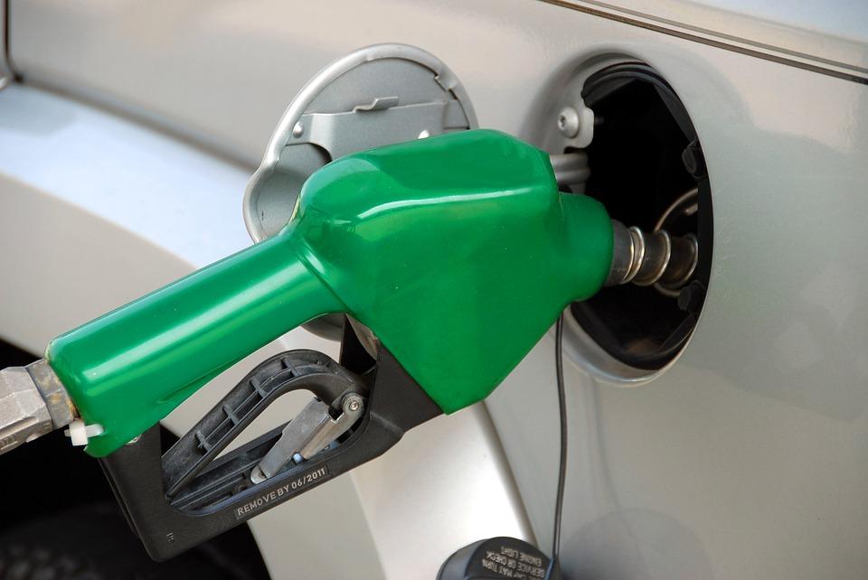 """Опубликован список """"черных АЗС"""" с некачественным топливом"""