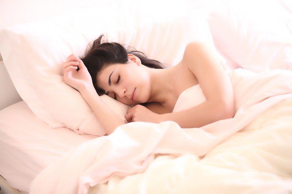 Исследование показало, какой звук будильника помогает лучше проснуться