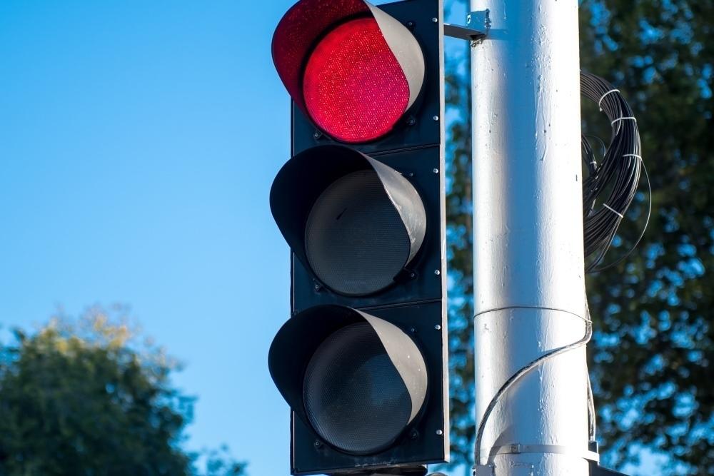 В Краснодаре на двух перекрестах отключат светофоры