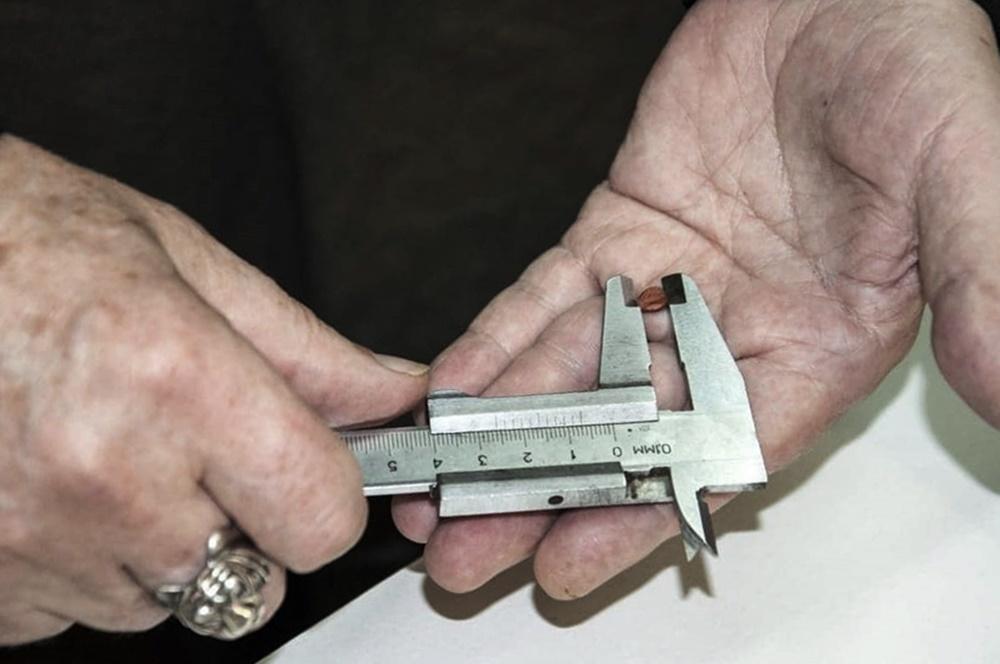 Житель Кубани сделал самый маленький в мире глиняный свисток