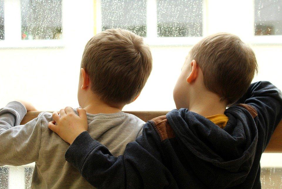 Российским семьям выплатят по пять тысяч рублей на каждого ребенка