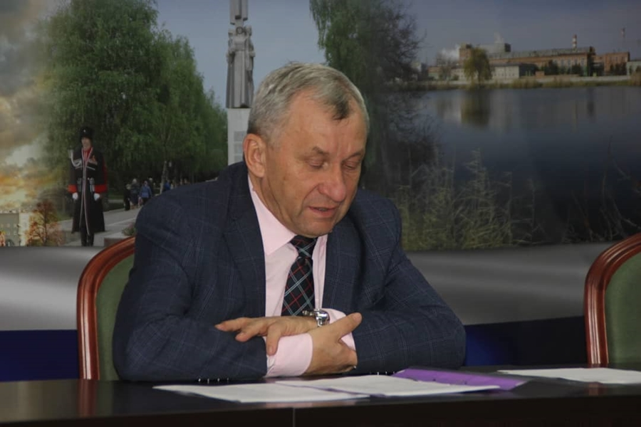 Глава Ленинградского района предстанет перед судом