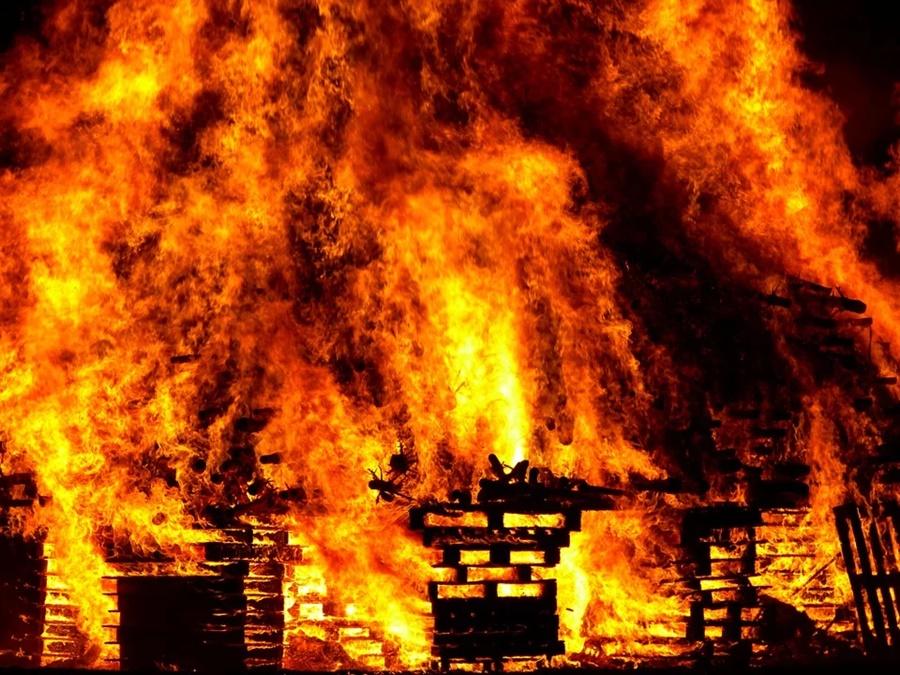 В МЧС Кубани назвали число пожаров за время карантина