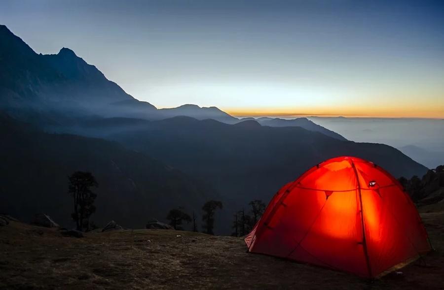 Несколько человек прятались от коронавируса в горах Сочи