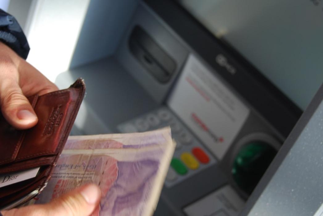 Как жителю Кубани получить право на кредитные каникулы