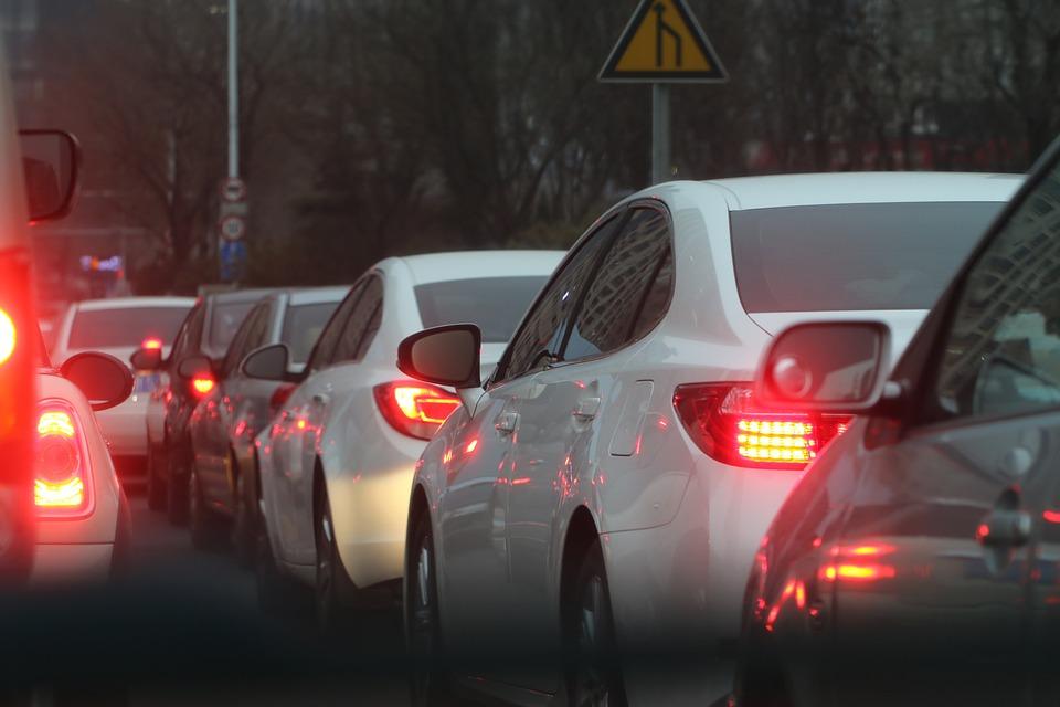 На въездах в Краснодар образовались большие пробки