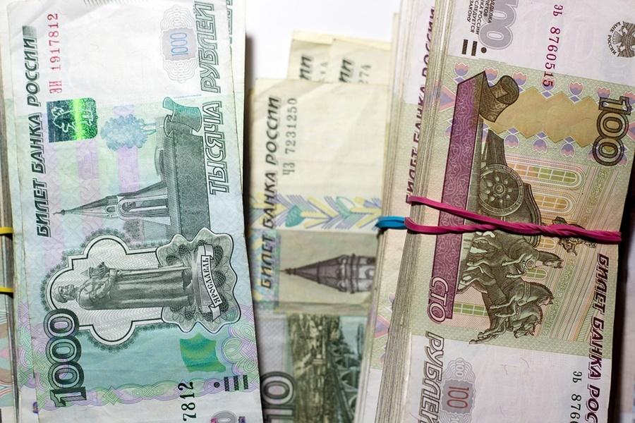 Житель Краснодара под видом сотрудника ГИБДД разводил таксистов на деньги