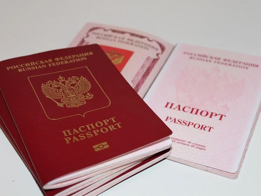 Житель Анапы нашел паспорт и снял со счета его владельца 1,5 млн рублей