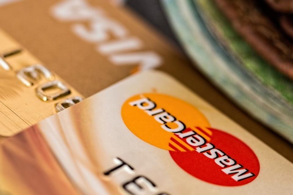 На Кубани мужчина набрал кредитов на 410 тыс рублей по поддельным документам