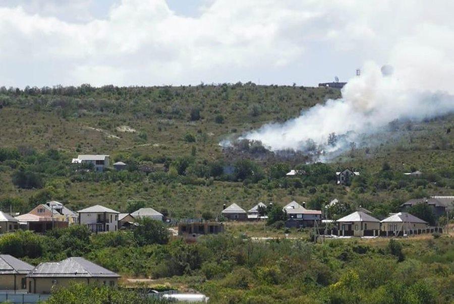 В Анапе произошел пожар на Лысой горе