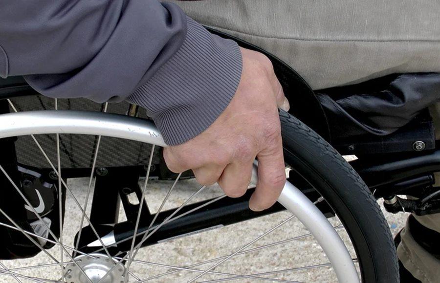 На Кубани чиновник обманом завладел землей, предназначенной для инвалидов