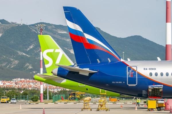 В Геленджике эвакуирован аэропорт, рейсы в Москву были задержаны