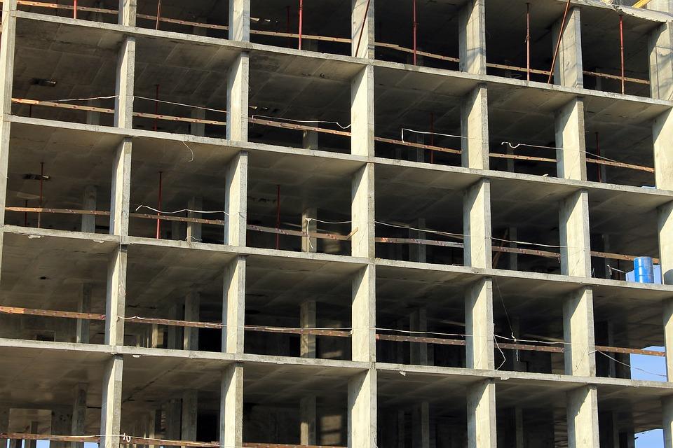 В Краснодаре мужчина незаконно построил 5-этажный дом: заработал 58 миллионов и уголовное дело