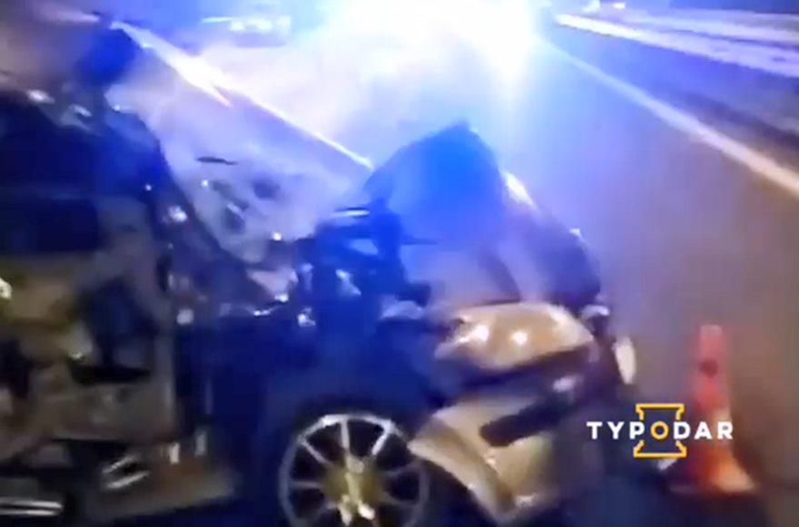 Женщина проехала четыре километра по встречке и врезалась в фуру на трассе Краснодар-Керчь