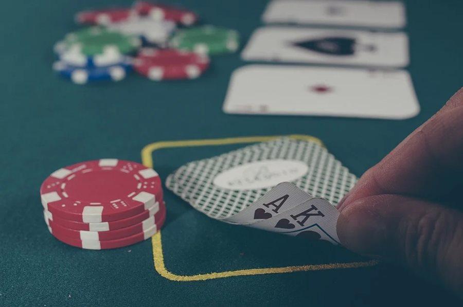 В Краснодаре раскрыт подпольный покерный клуб