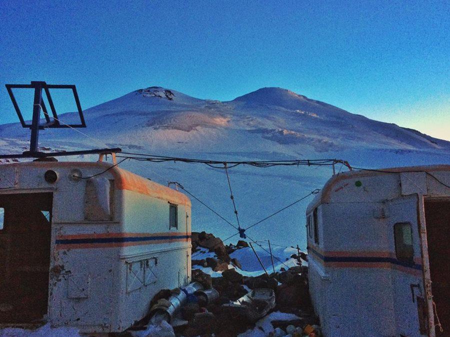 Участница тургруппы из Краснодарского края пропала при восхождении на Эльбрус