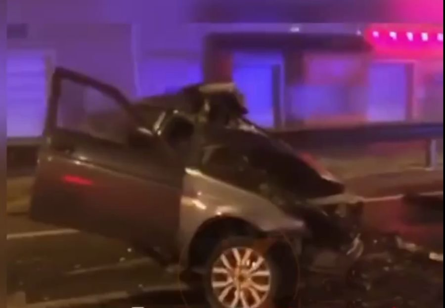 В Краснодаре два человека погибли при столкновении машин на «встречке»