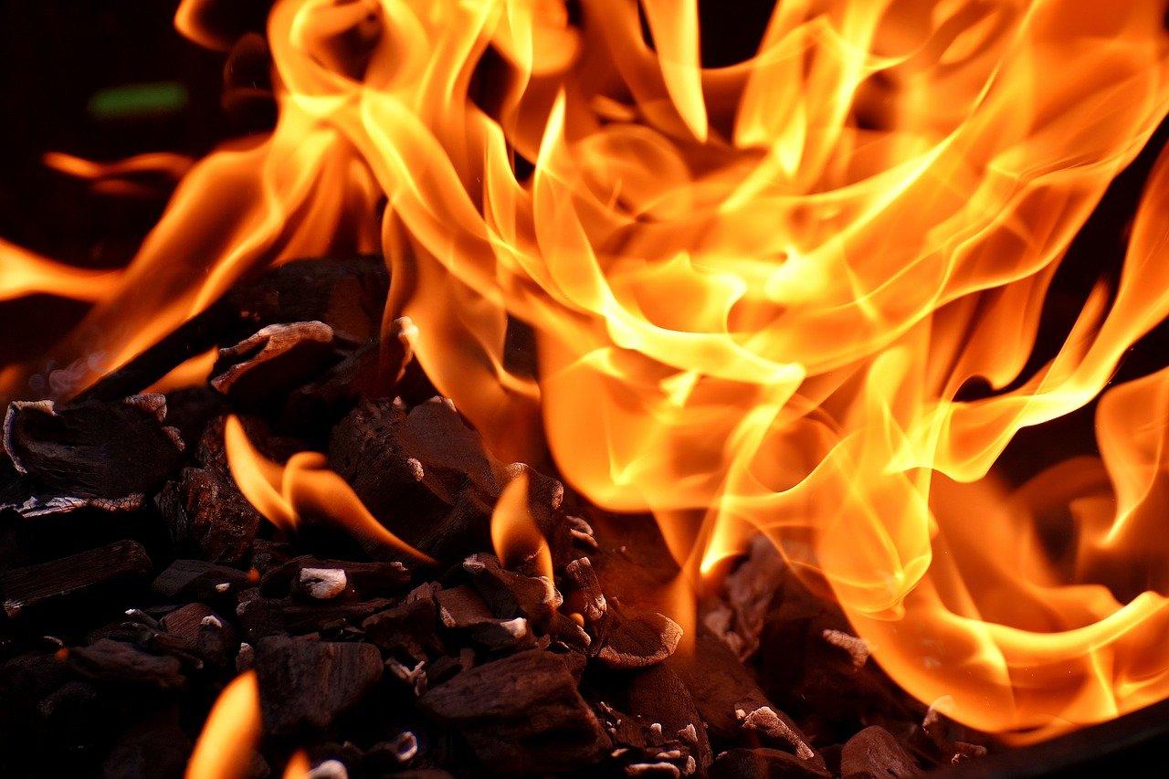 В поселке Лермонтово мужчина сгорел в строительном вагончике