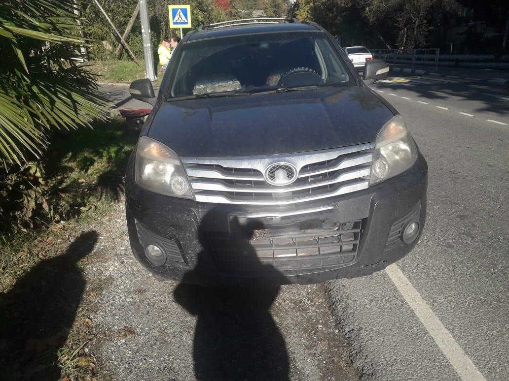 В Сочи автомобиль сбил двухлетнего ребенка на