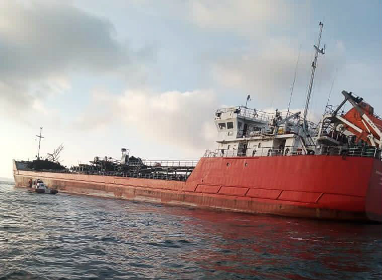 Старпому взорвавшегося в Азовском море танкера предъявлено обвинение
