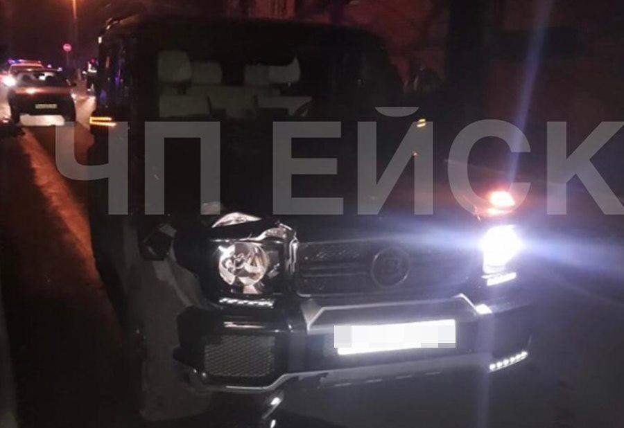 В Ейске водитель черного Gelandewagen насмерть сбил 23-летнюю девушку