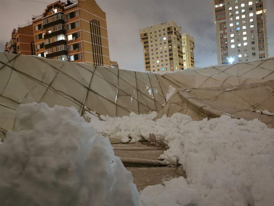 СК организовал проверку по факту обрушения крыши спорткомплекса в Краснодаре