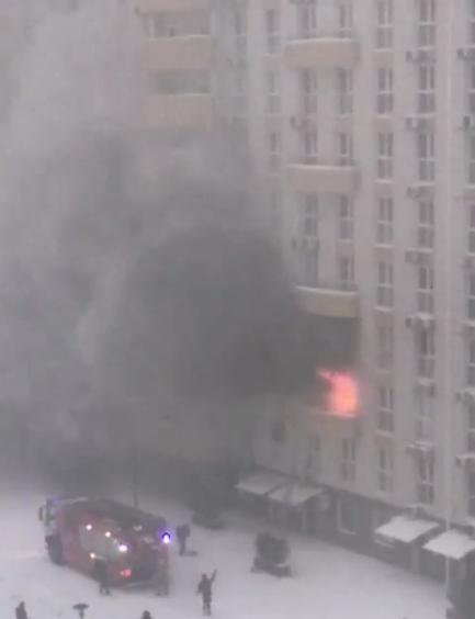 В Краснодаре эвакуировали 90 человек при пожаре в ЖК
