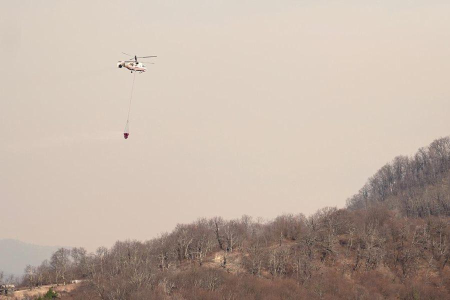 В Сочи продолжается тушение двух лесных пожаров