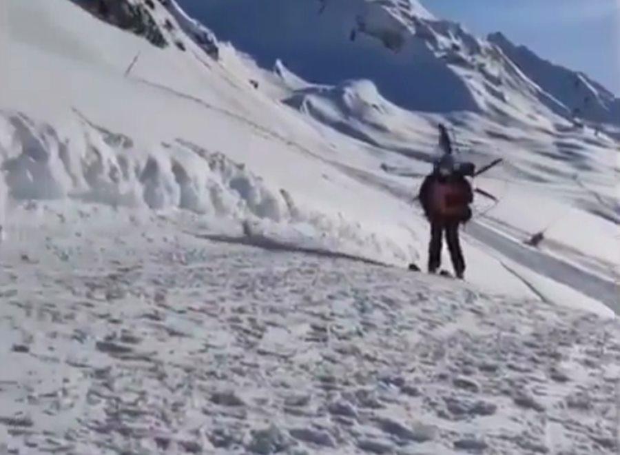 В горах Сочи туристы заметили «Карлсона» на лыжах