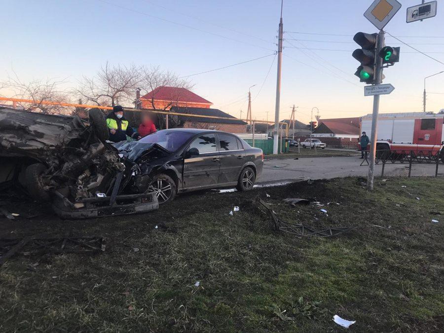 На Кубани пьяный полицейский устроил ДТП с двумя погибшими