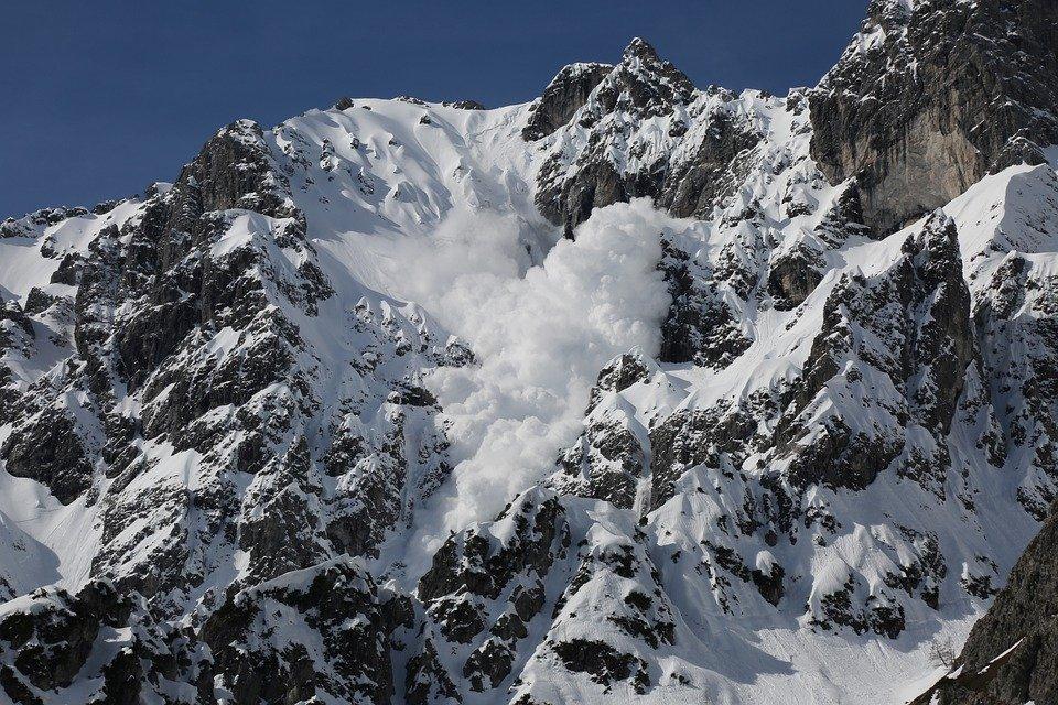 В горах Краснодарского края и Адыгеи на майские праздники лавиноопасно