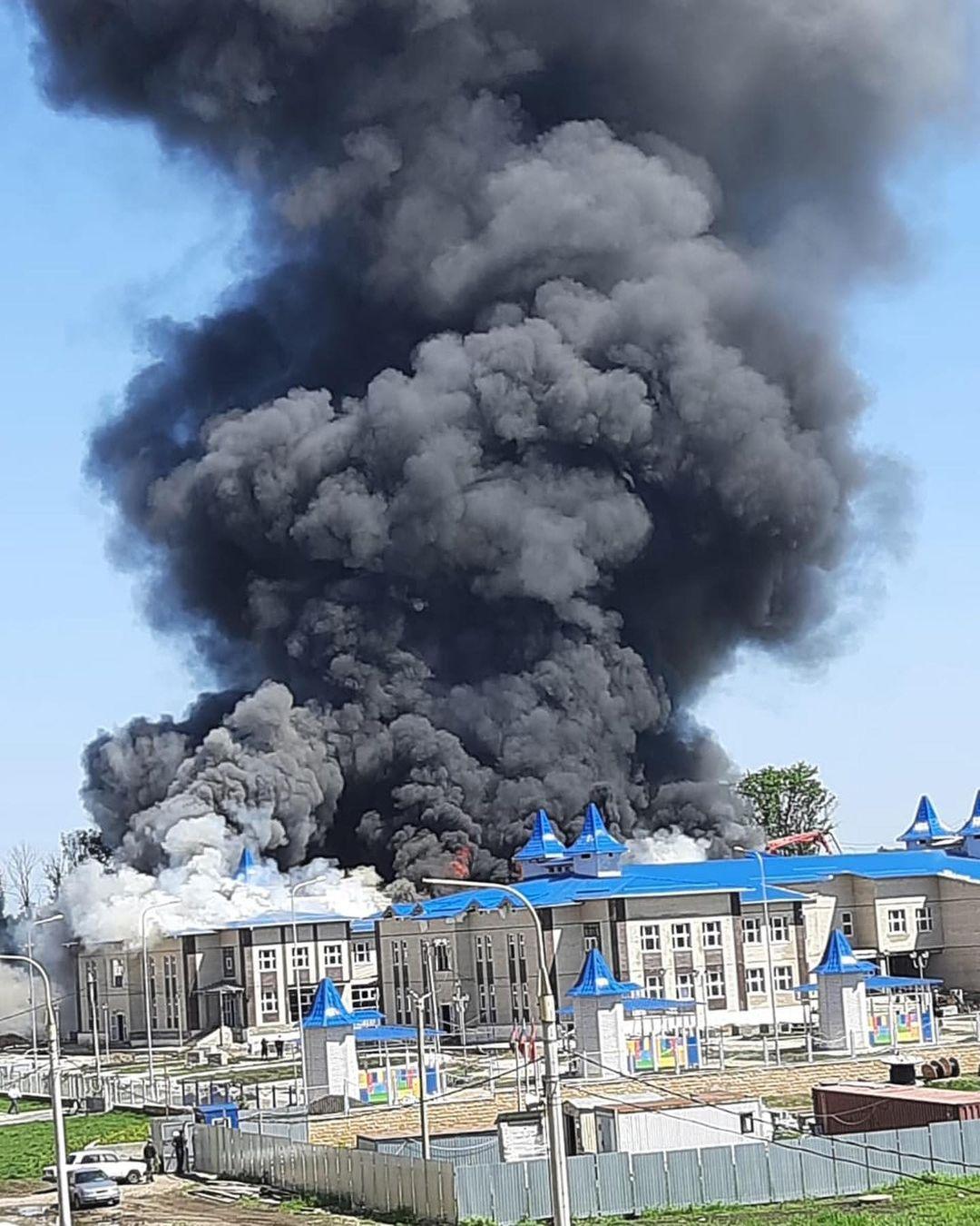 В Кореновске потушили пожар в новом детском саде