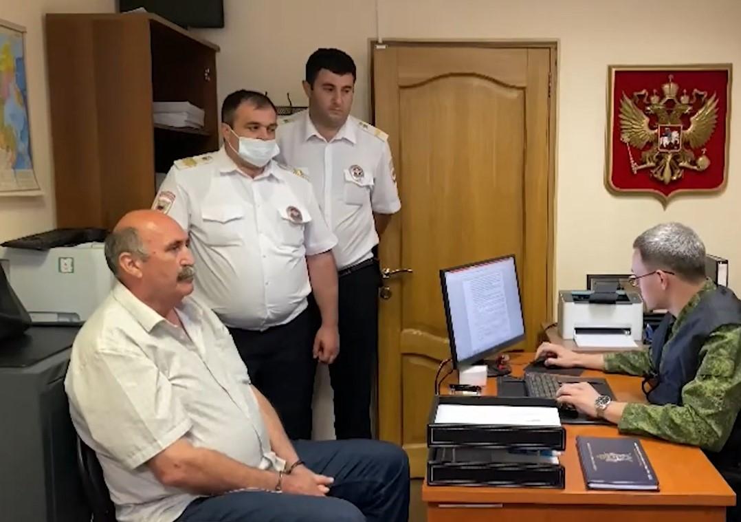 Расстрелявшего судебных приставов в Сочи мужчину заключили под стражу на 2 месяца