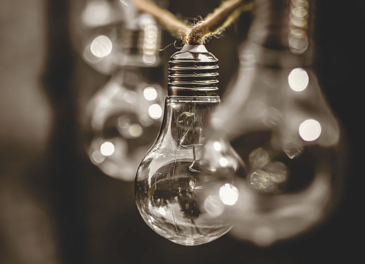 В Краснодаре из-за энергоаварии 3,7 тысяч жителей остались без света