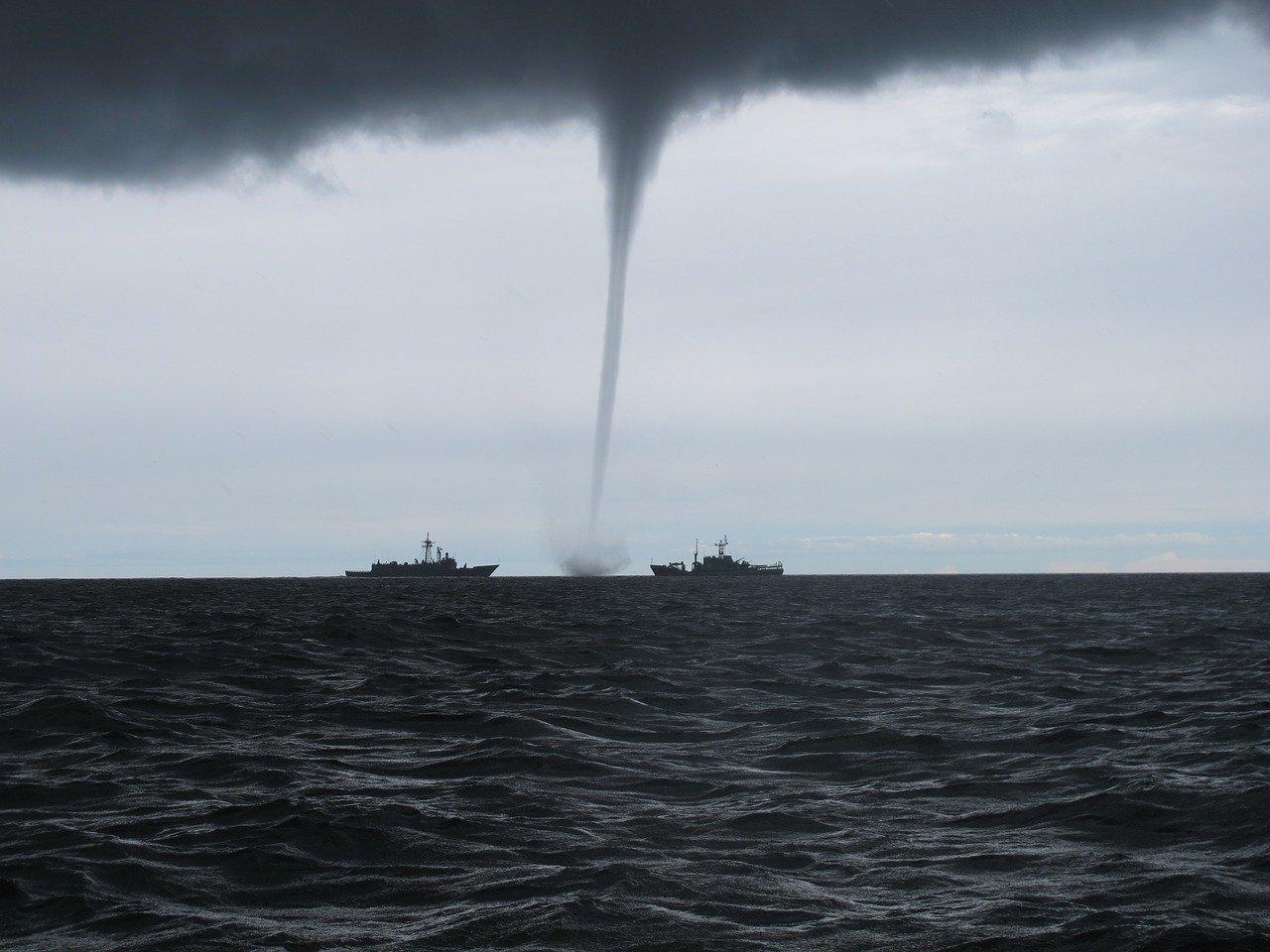 На Черноморском побережье Кубани прогнозируются смерчи