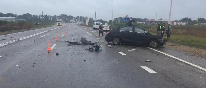 На Кубани 4 человека погибли в лобовом ДТП на мокрой автотрассе