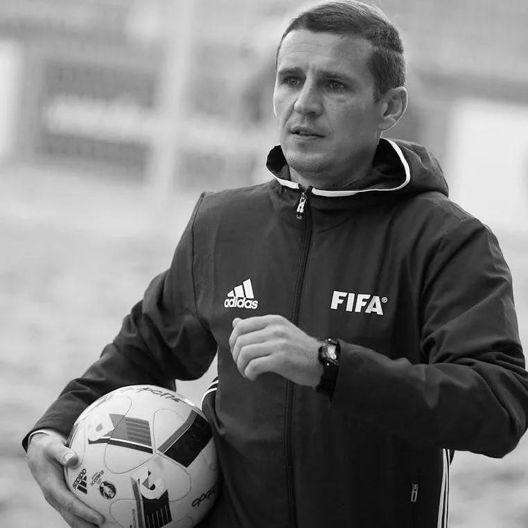 Арбитр FIFA по пляжному футболу Александр Березкин скончался после ДТП в Анапе